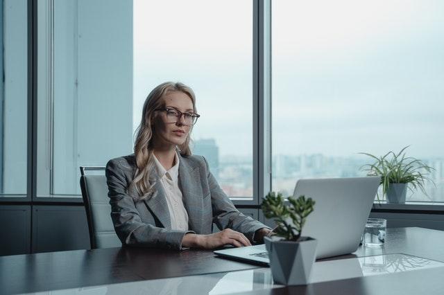 Directorul financiar, al doilea CEO